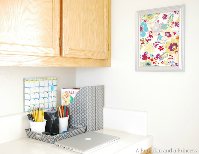 Organizing tips for a home office in a small space