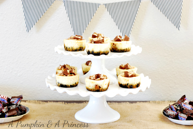 Mini Snickers Cheesecake
