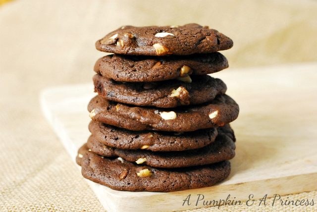 Duncan Hines Chocolate Chip Cookies Cake Mix