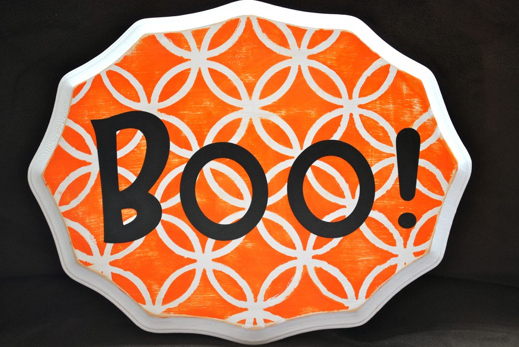 Stenciled Boo Halloween Sign