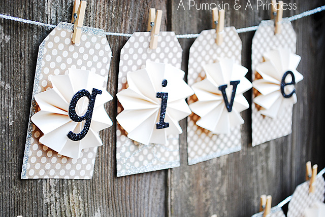 Thanksgiving Give Thanks Banner