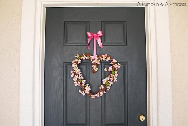 Pink Heart Valentine's Day Wreath