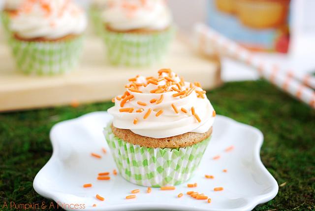 Easter Baking: Carrot Cupcakes & Lemon Bars