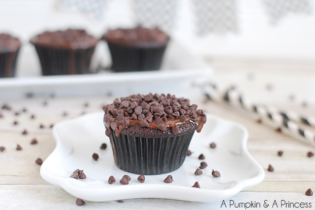 Chocolate cupcakes with ganache frosting