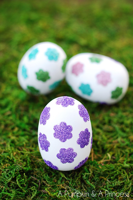 Easter Egg Crafts: Flower Glitter Easter Eggs