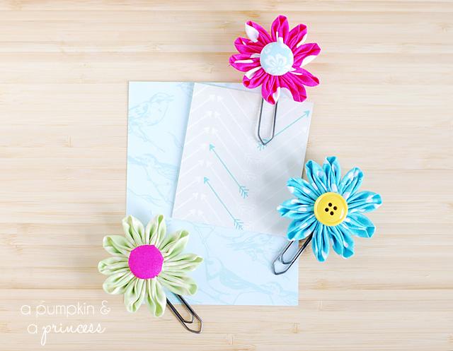 Flower paper clips tutorial
