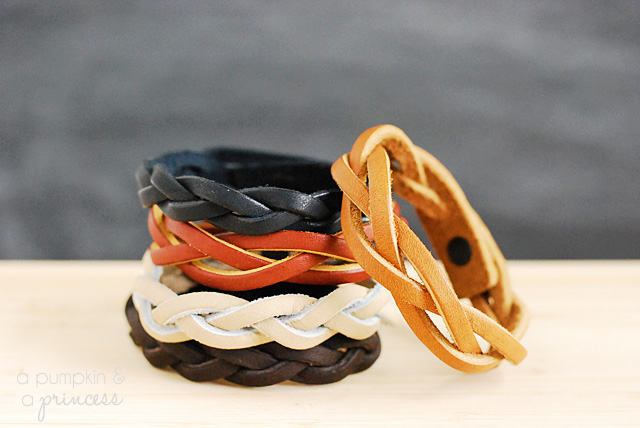 Brilliant Mystery Braid Bracelet Tutorial A Pumpkin And A Princess Hairstyles For Women Draintrainus