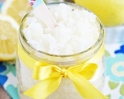 homemade lemon sugar scrub