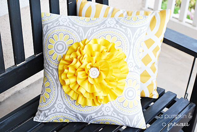 Flower Pillow Tutorial apumpkinandaprincess.com