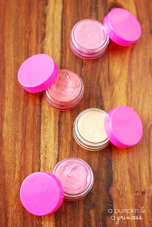 Easy Two-Ingredient DIY Lip Gloss