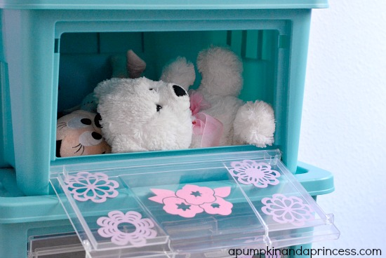 How to keep toys organized