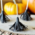 Halloween Treats: Witch Broomstick Lollipops