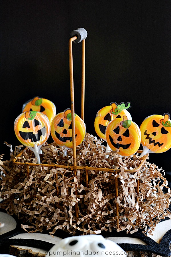 Jack-O-Lantern Lollipops