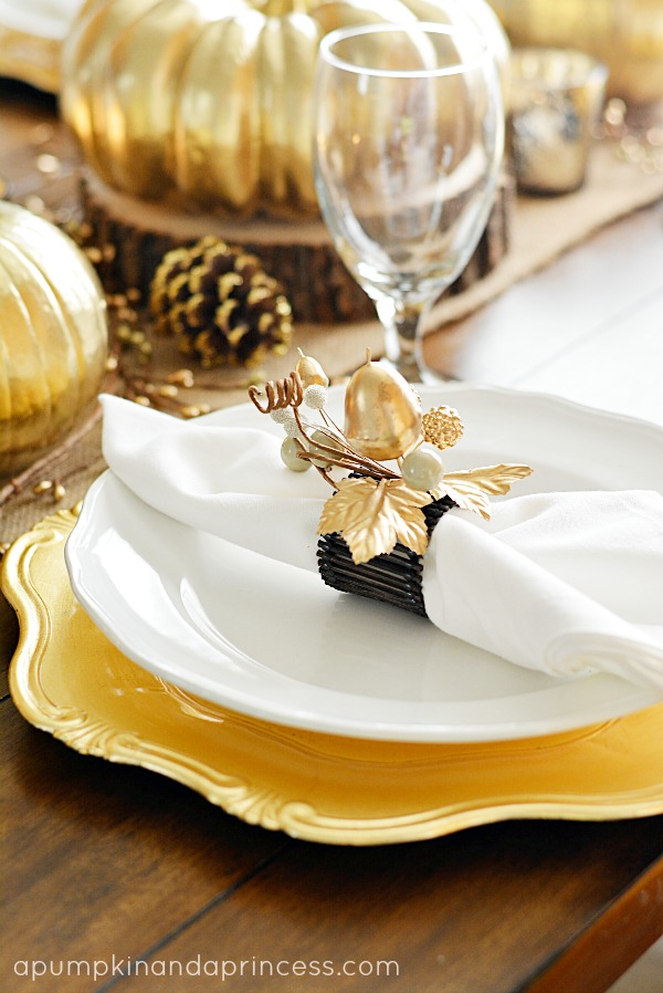 Thanksgiving Gold Table Settings