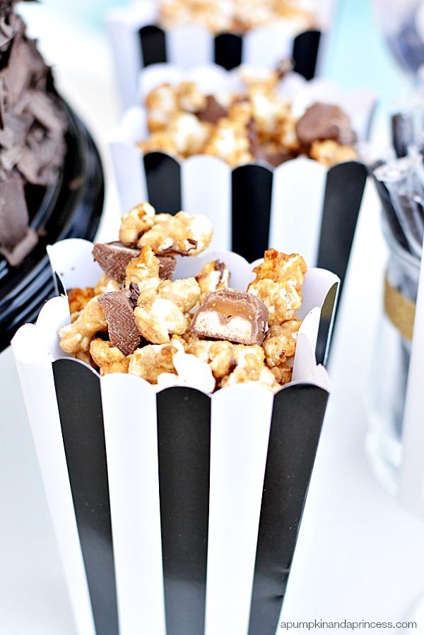 Twix Bites Caramel Popcorn - A Pumpkin And A Princess