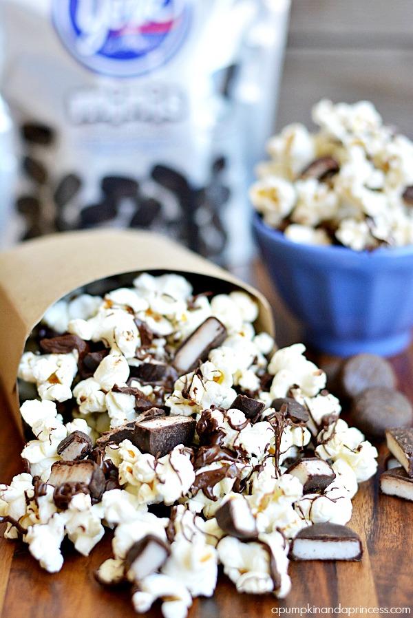 Chocolate Peppermint Popcorn