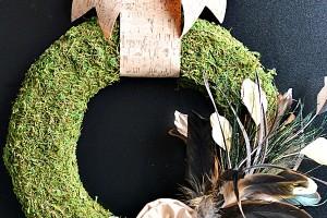 DIY Moss Feather Wreath