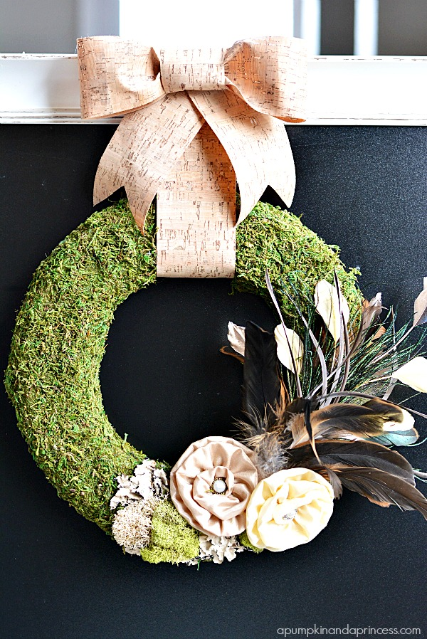 DIY Moss Feather Wreath