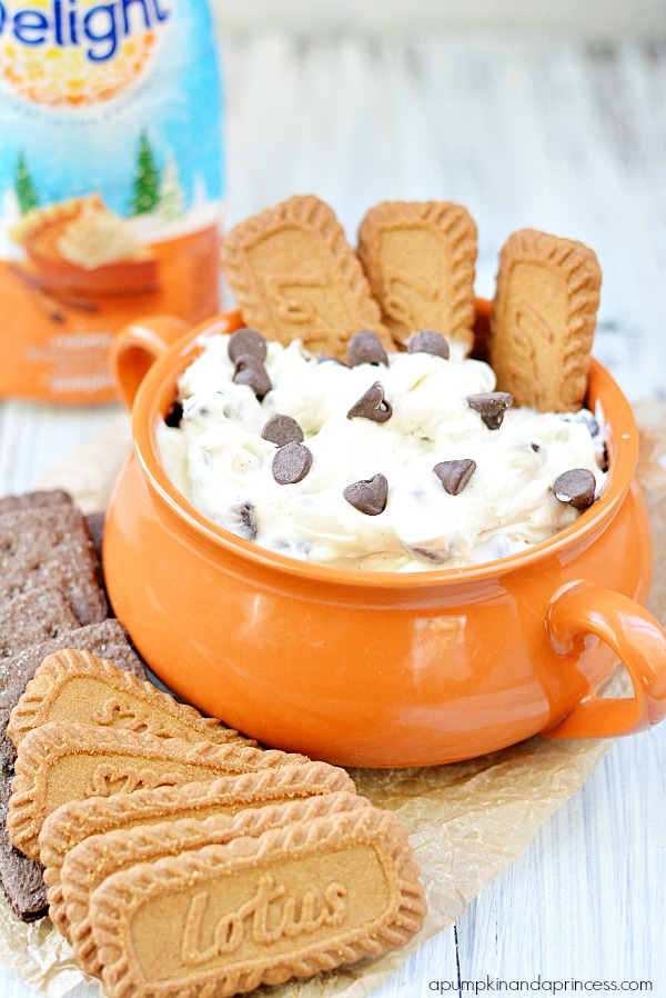 Pumpkin-Spice-Cheesecake-Dip