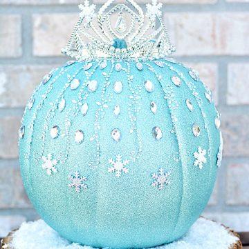 How to make a DIY Frozen Elsa Pumpkin