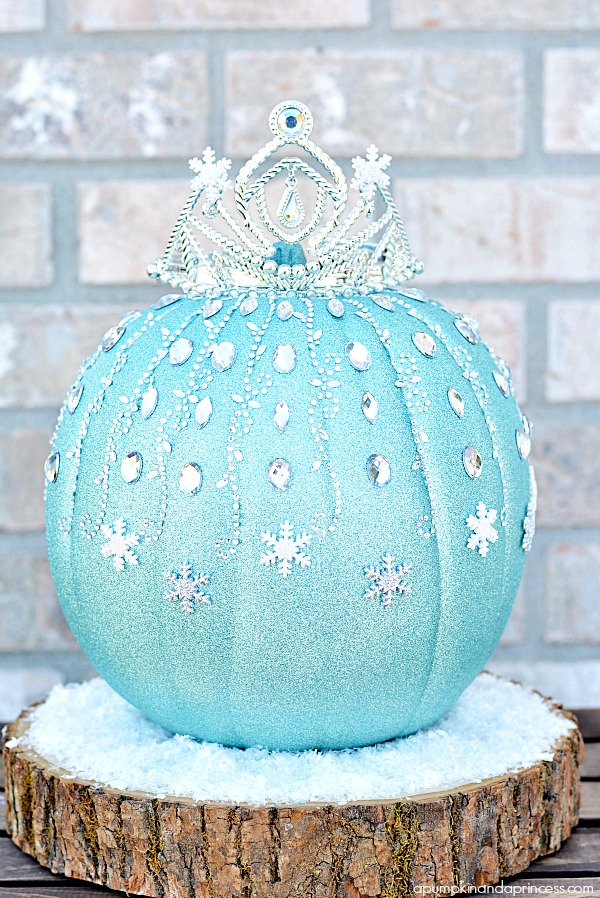How to make a DIY Frozen Elsa Pumpkin