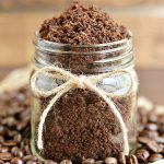 How to make coffee sugar scrub - a great handmade gift idea with nourishing oils!