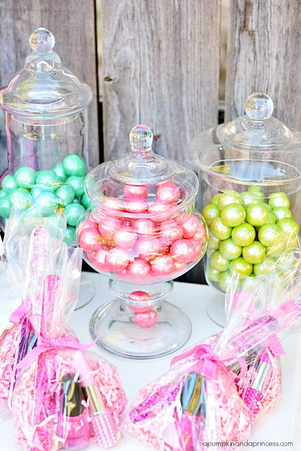 Party Gum Ball Vases