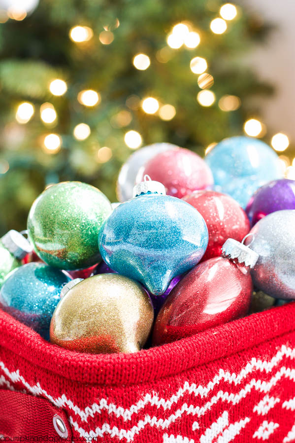 DIY Glitter Ornaments - Best Glittering Glue