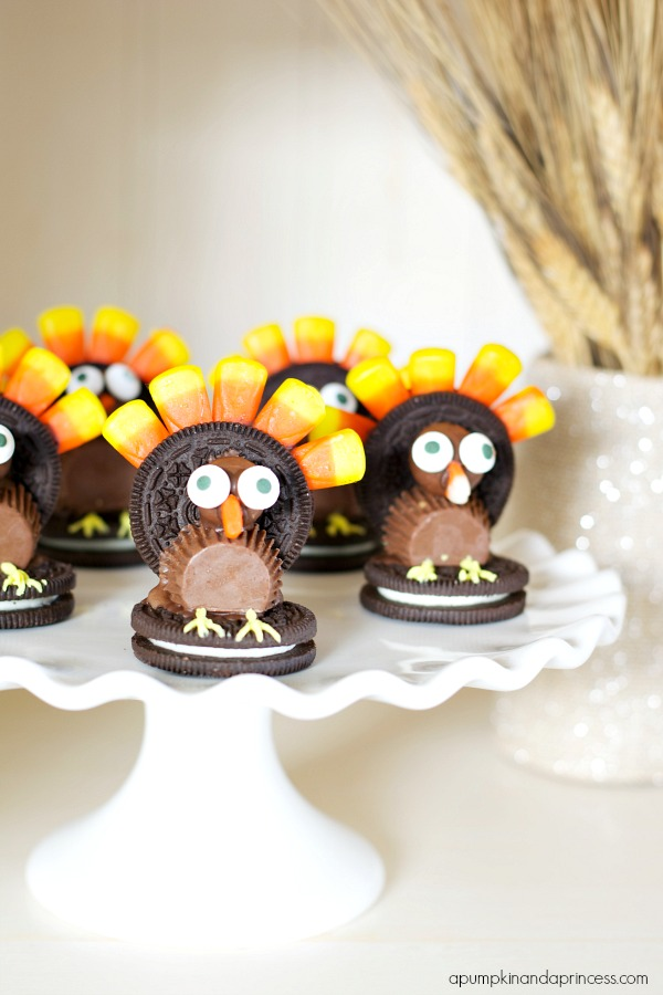 Thanksgiving Dessert Display