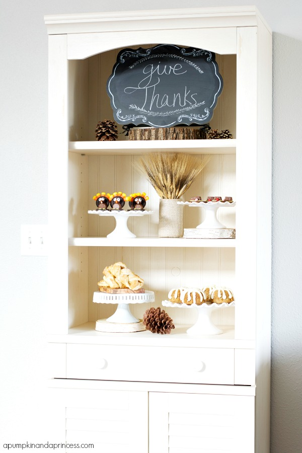 Thanksgiving Hutch