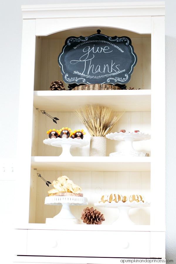 White Hutch - Thanksgiving Decor