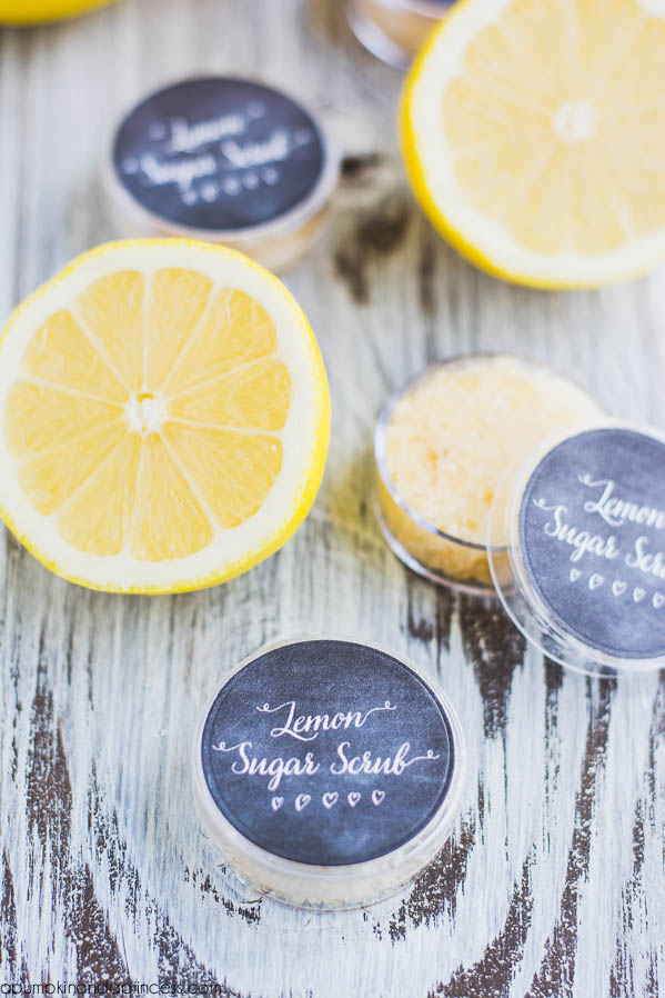 DIY Lemon Lip Scrub