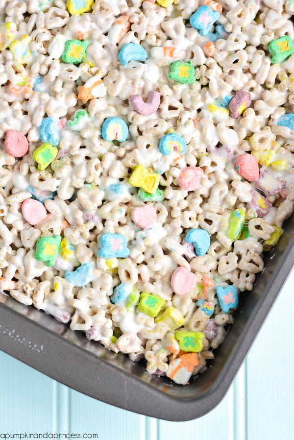 Lucky Charms Krispies Treats