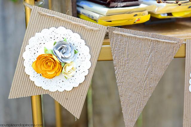 DIY Paper Banner_