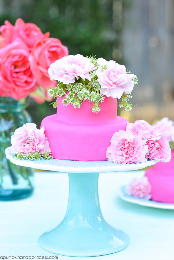 Floral Cakelette - Mother's Day brunch