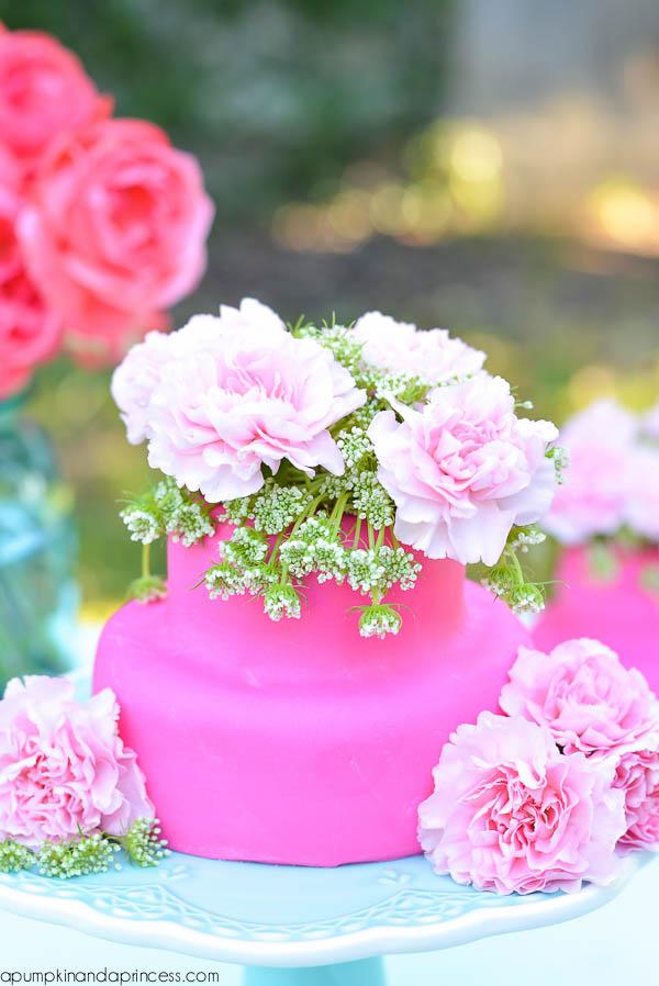 Floral Cakelette