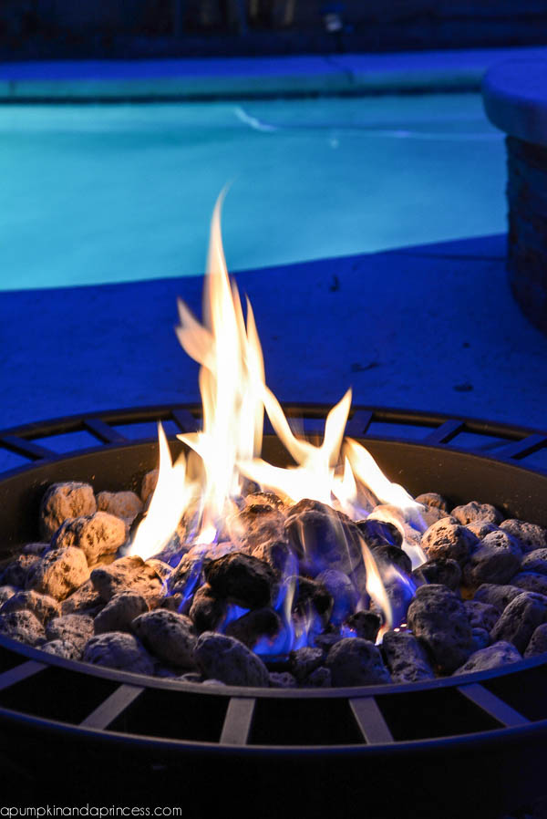 s'mores-fire-pit