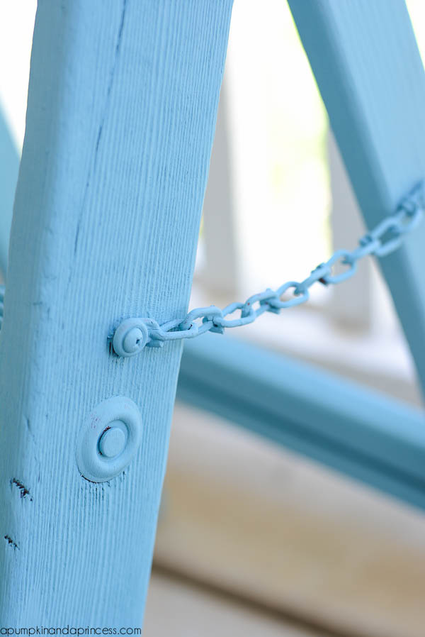 Chalky Paint Ladder DIY
