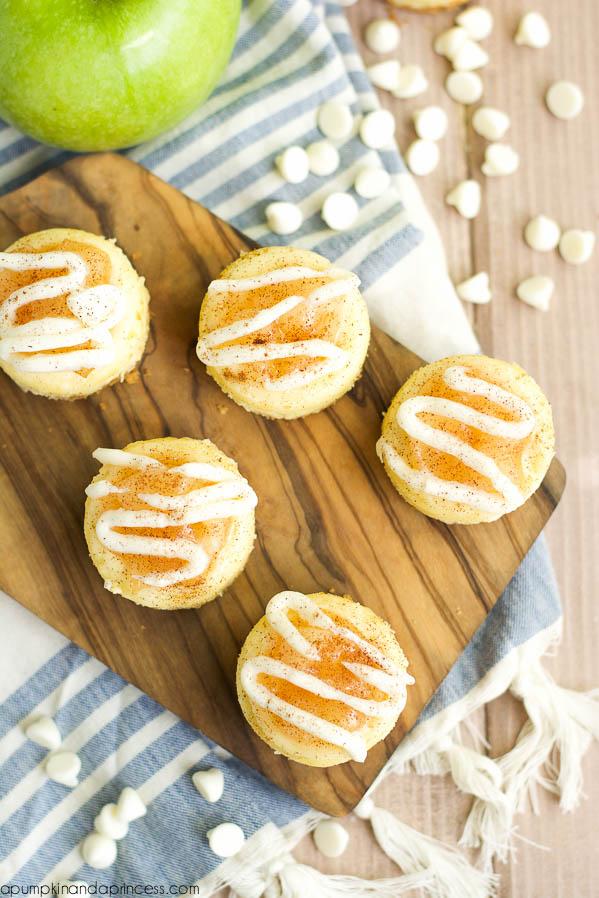 Mini Apple Cheesecakes