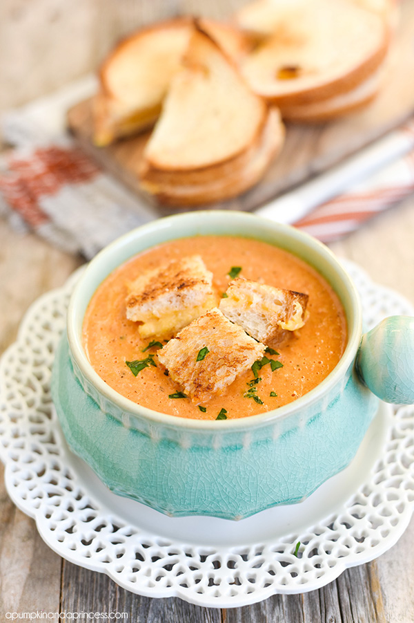 Tomato Soup with Grilled Cheese Croutons - A Pumpkin And A Princess