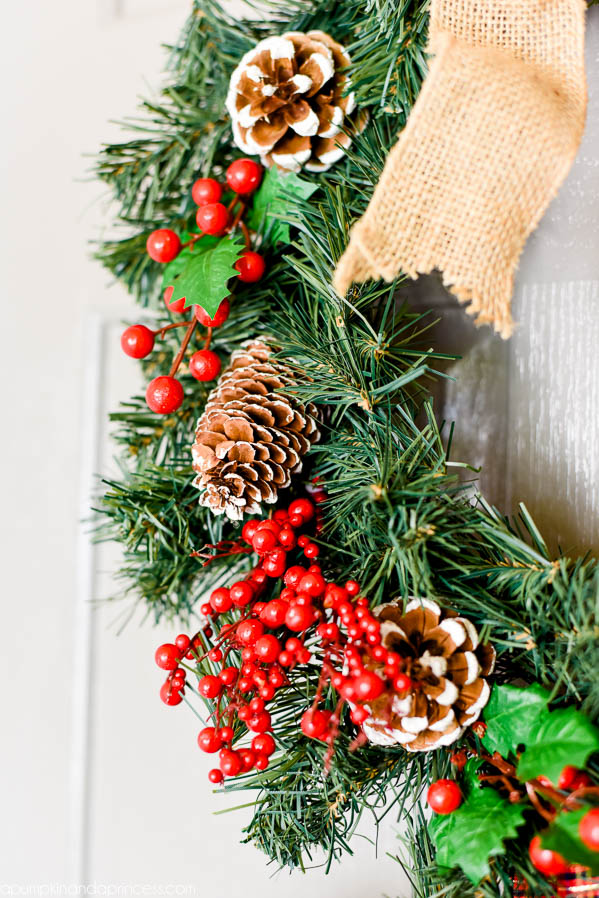 Pine cone & Berries Christmas Wreath