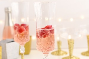 DIY Glitter Champagne Glasses
