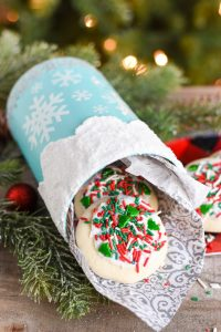 DIY Snowflake Cookie Container