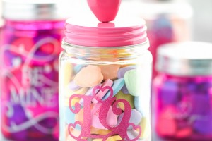 DIY Valentine's Day Mason Jar Gift