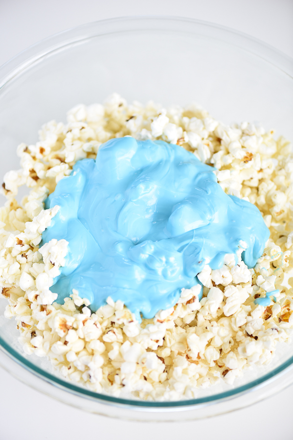 Finding Dory Popcorn – chocolate covered popcorn with mini edible Dory fish sprinkles.