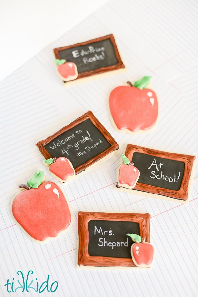 chalkboard-cookies