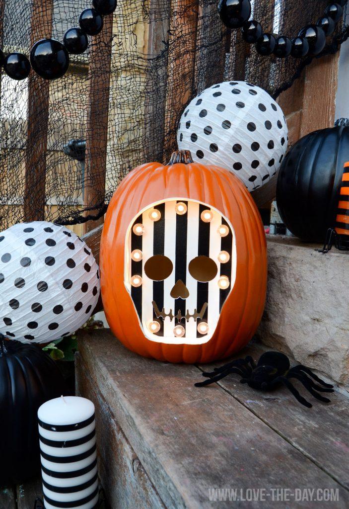 diy-marquee-pumpkin