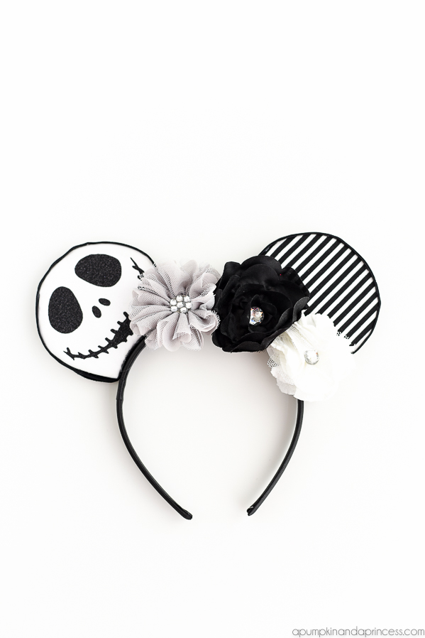 0776cebb6aaaf DIY No-Sew Jack Skellington Mouse Ears – easy tutorial and template to make  your