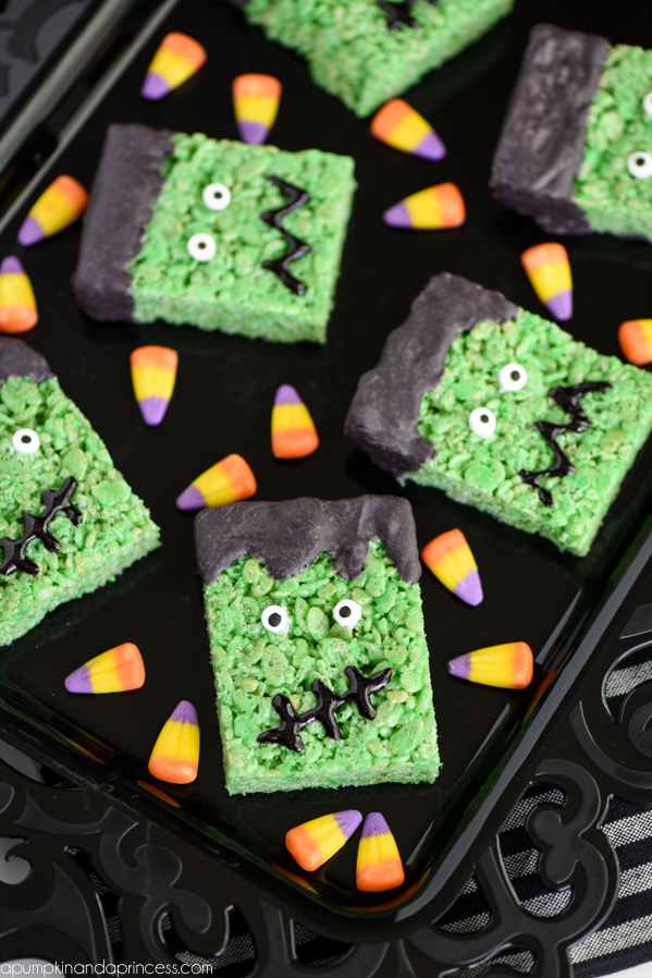Frankenstein Rice Krispies Treats –these Halloween treats are great for parties and Halloween movie nights