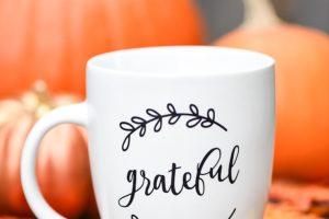 Hand lettered grateful coffee mug gift idea